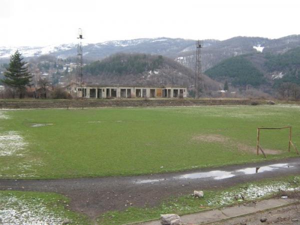 Стадиона във Владая